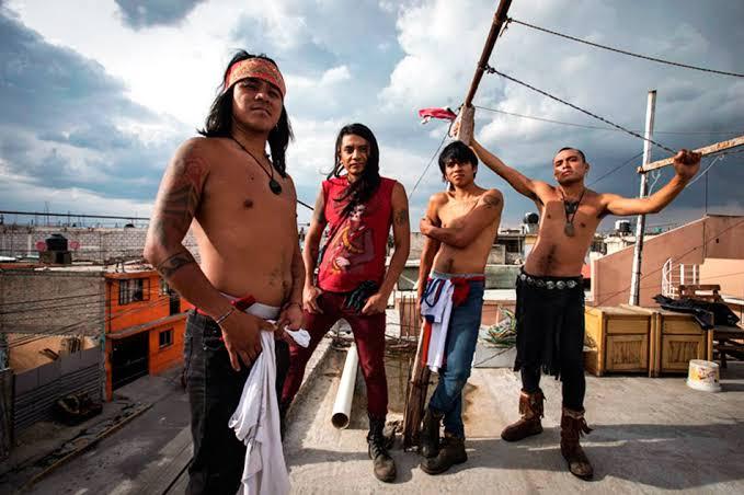 """""""Los Cogelones"""" cantan en náhuatl y en español"""