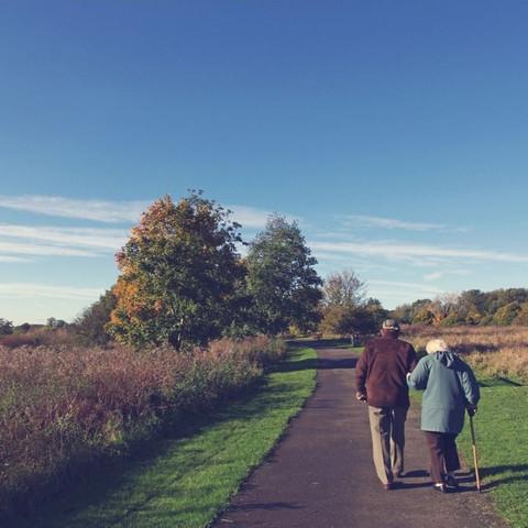 Um mundo saudável para um envelhecimento saudável - COLUNA