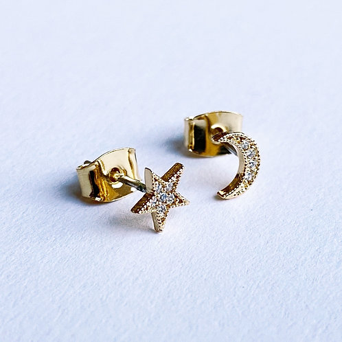 Mystical Star and Moon Studs (Gold)