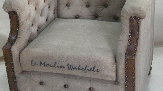 AUKLAND armchair