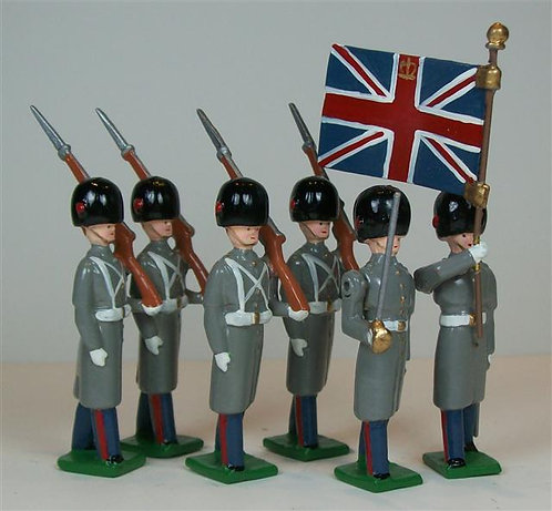 B216 - British Coldstream Guards  in Winter Dress - 6 pieces