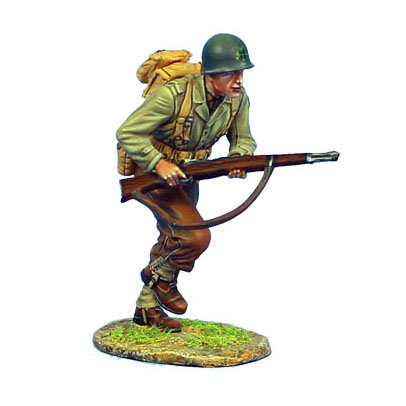 NOR038 - US 4th ID Private Running with M1 Garand
