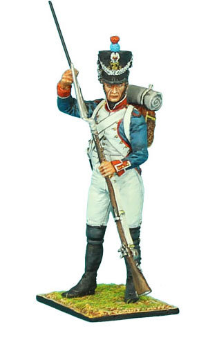 NAP320 - French 18th Line Infantry Fusilier Standing Loading