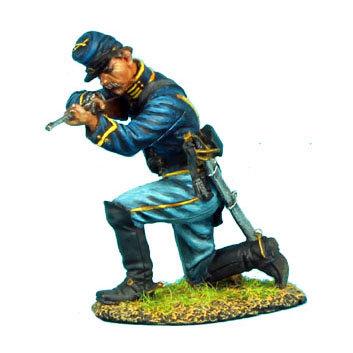 ACW030 - Union Dismounted Cavalry Trooper Kneeling Firing