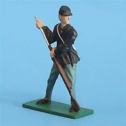 CORD-273 - Union Infantry Loading (1 Figure) - Blue Box - 54mm Metal - No Box