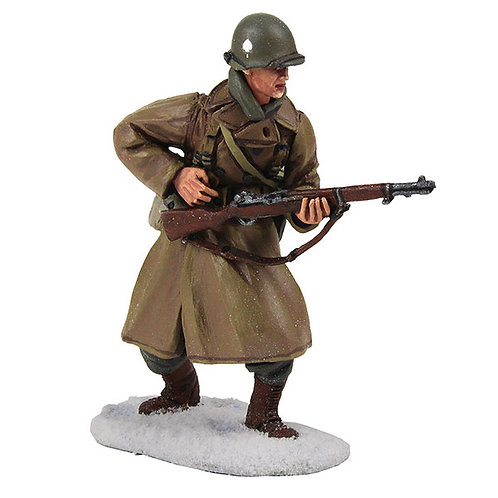 25040 - U.S. 101st Airborne Infantry Wearing Overcoat Reaching for Ammo