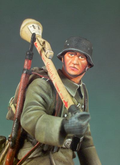 S5-F37 - German Infantryman (1945)