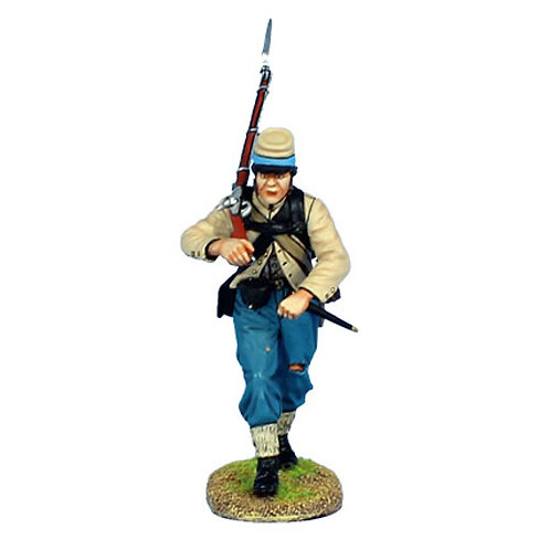 MB011 - Confederate Infantry Advancing
