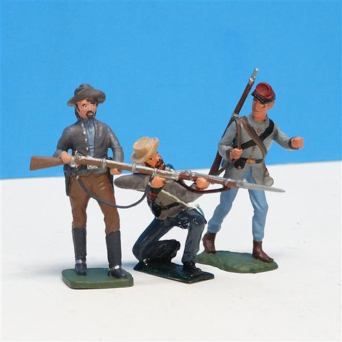 MI-318 - Confederate Infantry (3 figs) - Imrie-Risley and Manufacturer Unknown