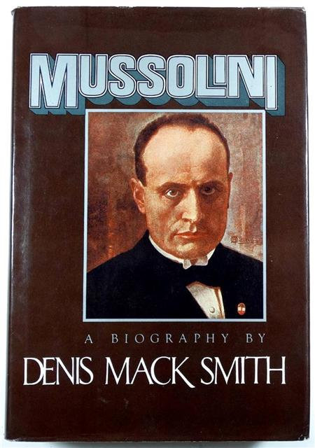 BK054 - Mussolini by Dennis Mack Smith