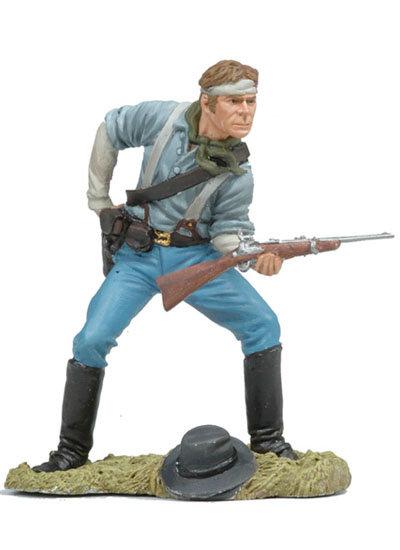 BH110 - US Cavalryman Loading Carbine
