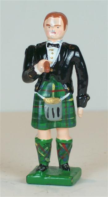 B398 - Highland Officer in Mess Dress