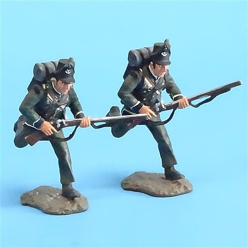 CORD-N0101 - 95th Rifles - Troopers Advancing (2 Pieces) - Britains - 54mm Metal