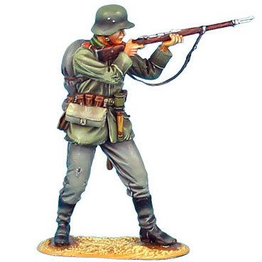 GW002 - German Standing Firing - 62nd Infantry Regt