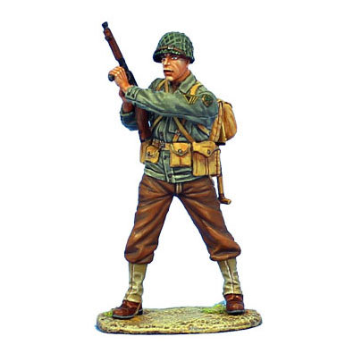 NOR037 - US 4th ID Sergeant with Thompson SMG