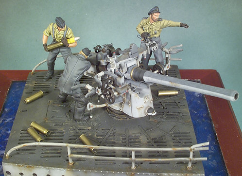 S5-S10 - Type VII C U-Boat Deck Gun and Crew