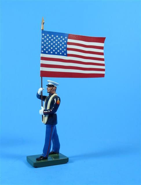 43079 - US Marine Standard Bearer - US Flag
