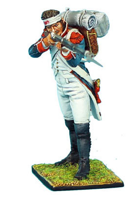 NAP335 - French 18th Line Infantry Grenadier Firing with Bandaged Head