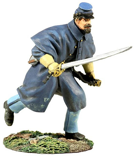 31154 - Union Infantry in Overcoat Officer Charging No.1