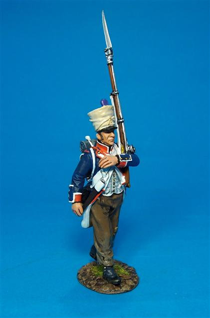 PFL-07B Fusilier Marching #3B French Line Infantry, 1807  66th Line, 4th Company