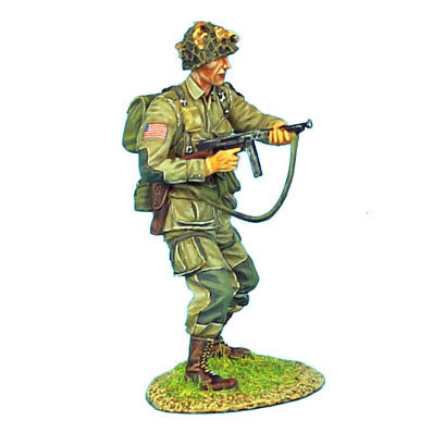 NOR010 - US 101st Airborne Paratrooper Firing Thompson SMG