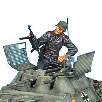 TC004 - German Tank Crew Sitting with Helmet and Raised MP-40