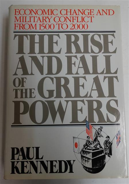 BK131 - The Rise and Fall of the Great Powers by Paul Kennedy