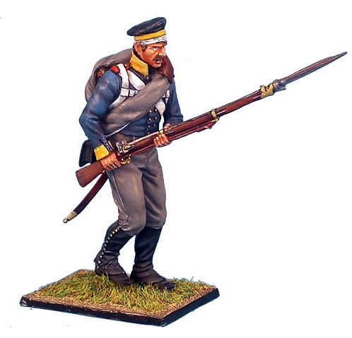 NAP158 -Prussian 11th Line Infantry Regiment Musketeer Advancing with Forage Cap