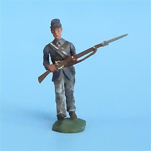 CORD-230 Union Infantry Marching (1 Figure) - Union - Unknown Manufacturer 54mm