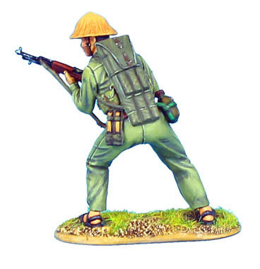 VN016 - NVA Infantry with SKS Carbine and RPG Rounds