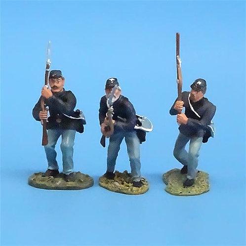 CORD-022 - Union Advancing (3 Figures) - ACW - Britians - 54mm Metal - No Box