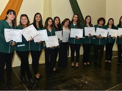 Con emotiva ceremonia se titularon 186 alumnos del IPLA