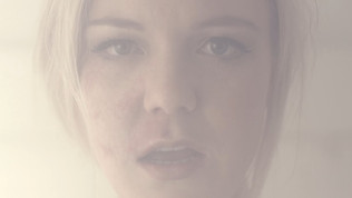 Bianca Wood - Face