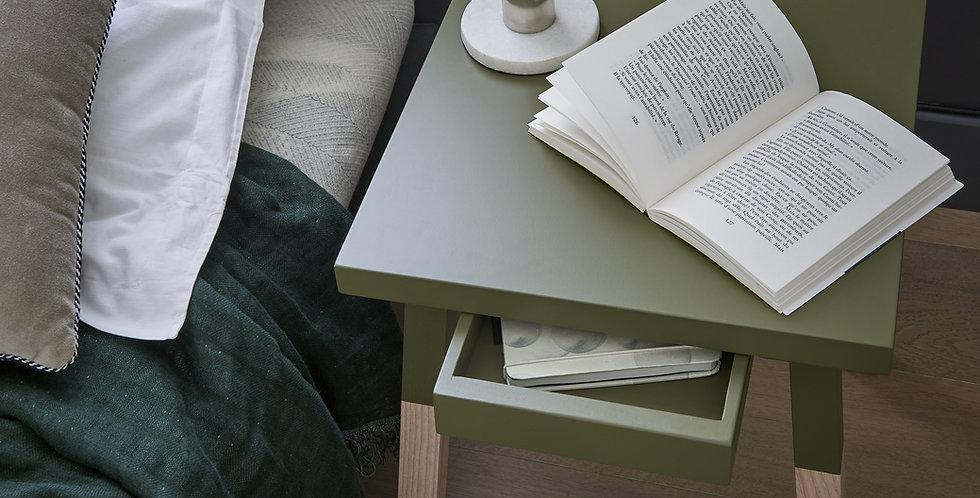2 chevets carrés laqués - tables de nuit - collection EGEE