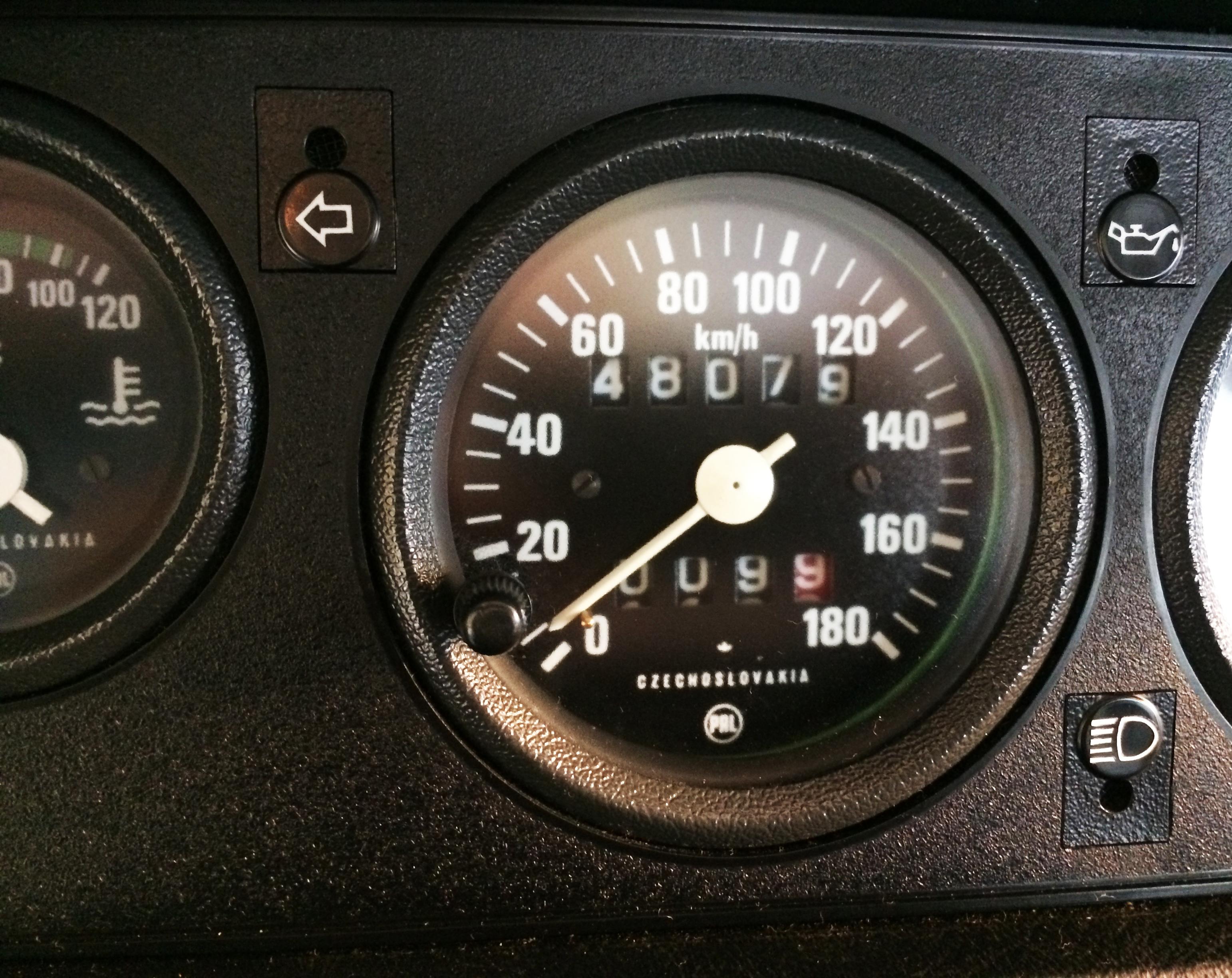 Skoda 105L