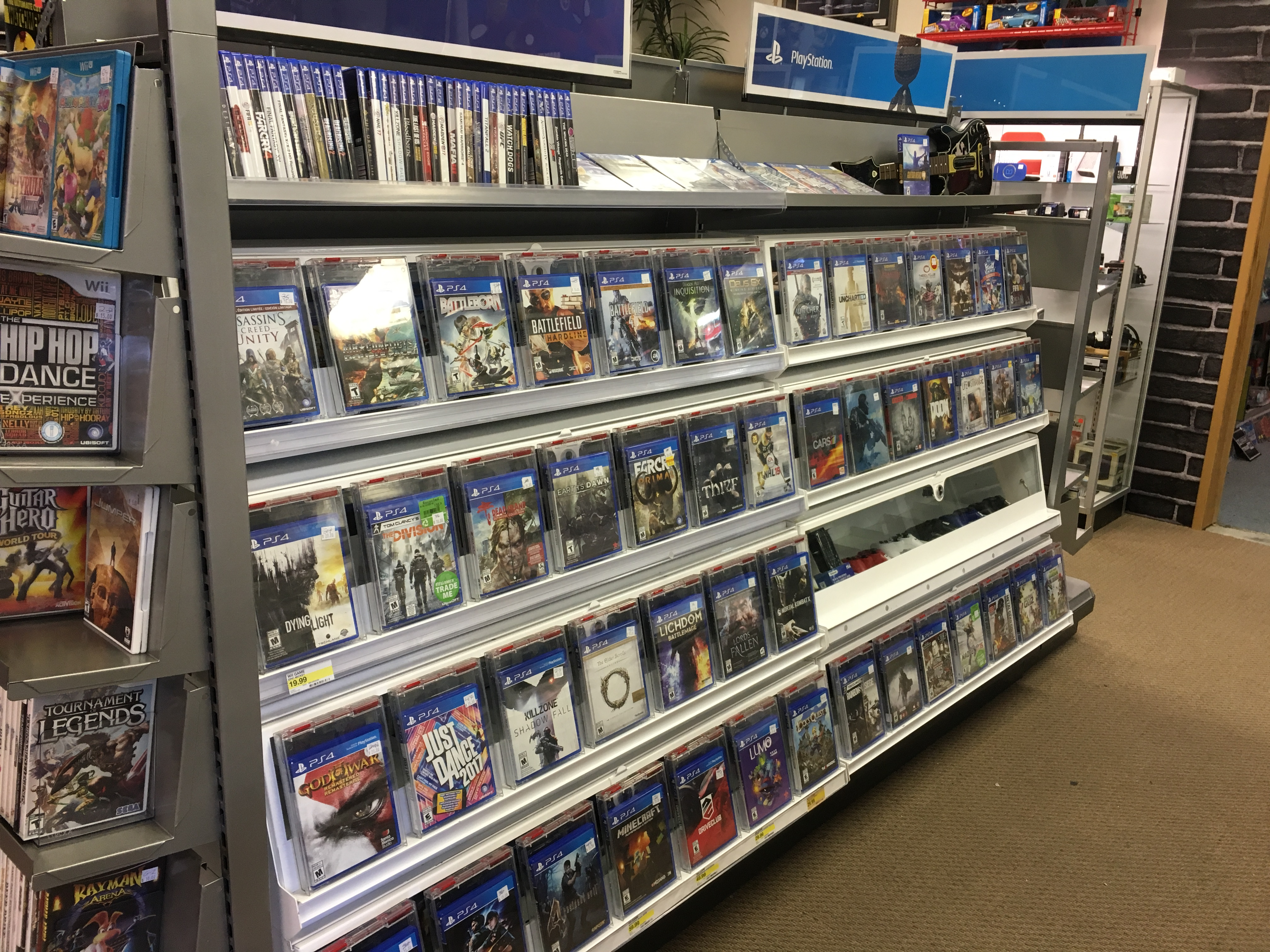 Great Selection of Video Games