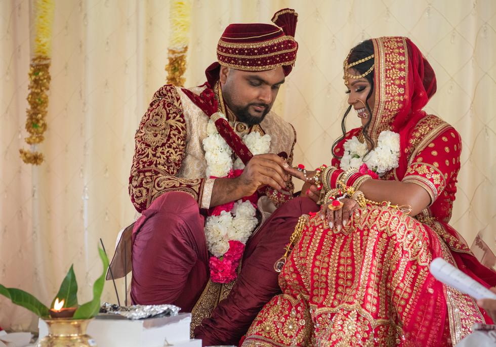 Hindu Wedding Bride Groom