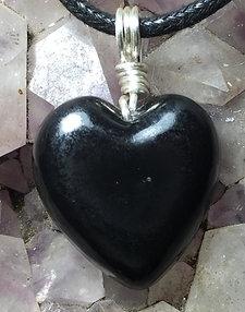 Resin S4 Heart Pendant Silver color wire