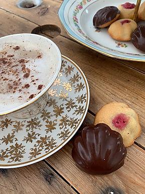 Financier à la framboise et au chocolat