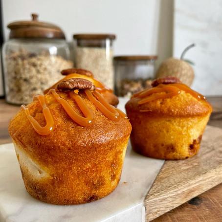 Muffins à la poire et aux fudges caramel