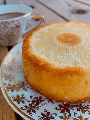 Gâteau renversé à l'ananas et à la coco