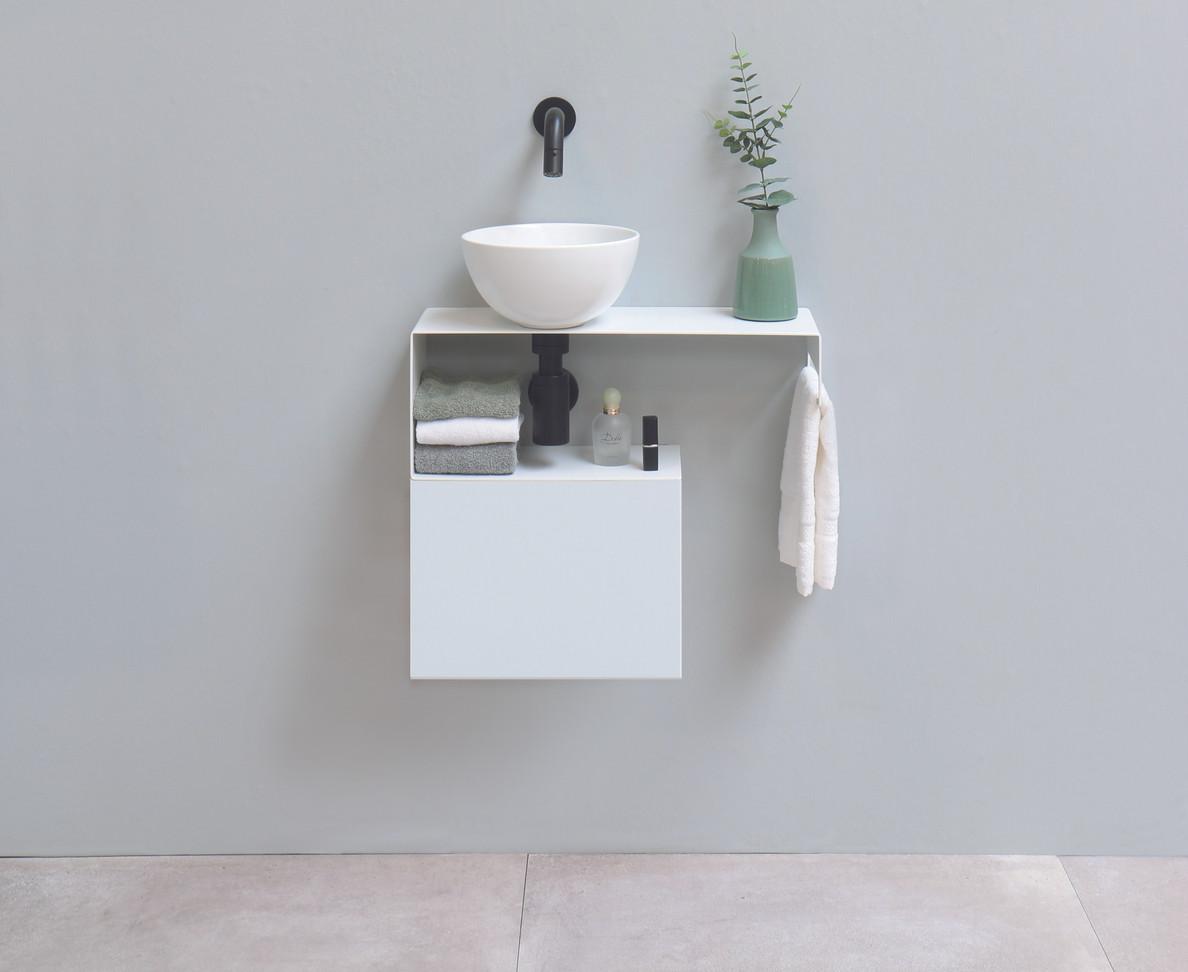SMART stålhylde med møbel under