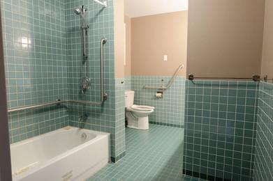 Salle de bain pour personne handicapée