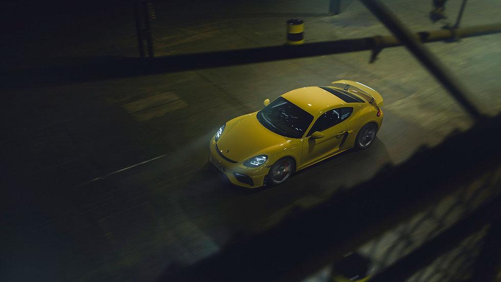 Porsche-718-Cayman-GT4-2.jpg