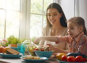 DC4K_Family-meals.jpg