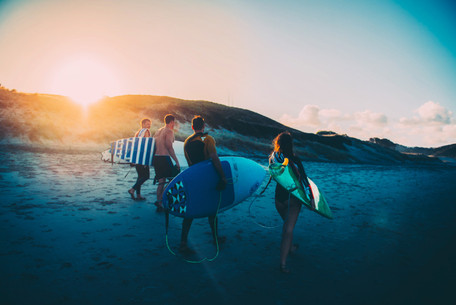 Great Barrier Island Surf by Lola Photog