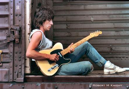 Jeff Beck by Robert M. Knight