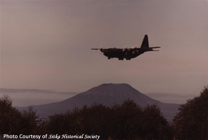 1982 Plane.jpg