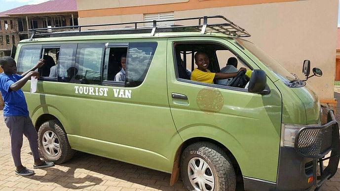 Tusonge Van