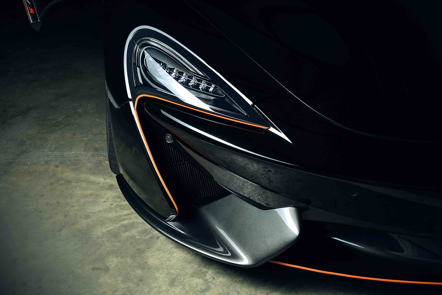 Black McLaren 570s Front Corner Closeup